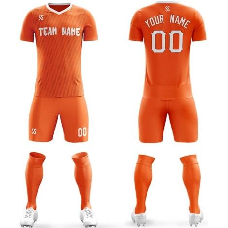 Футбольная форма оранжевого цвета Молнии на заказ