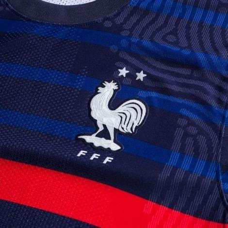 Домашняя аутентичная футболка Франции на ЕВРО 2020-21 герб сборной