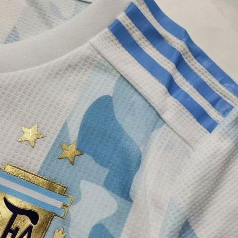 Домашняя игровая футболка сборной Аргентины 2020-2021 ткань