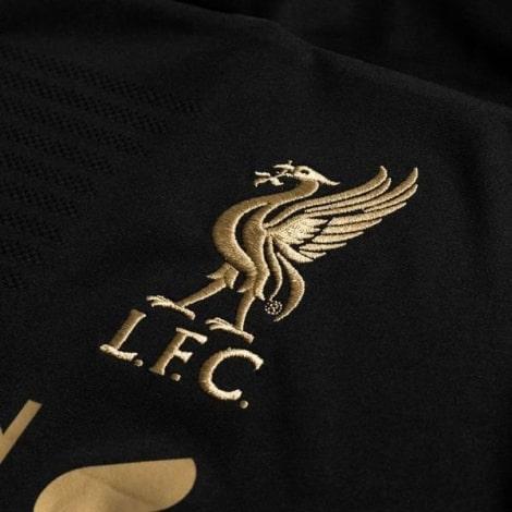Комплект детской вратарской формы Ливерпуля 2019-2020 футболка герб клуба