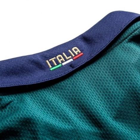 Третья футбольная форма сборной Италии 2019-2020 воротник сзади