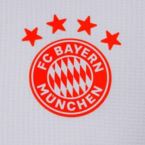 Гостевая аутентичная футболка Баварии 2020-2021 герб клуба