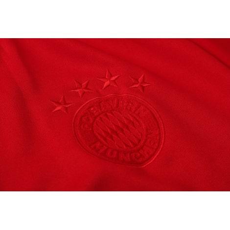 Красный спортивный костюм Бавария 2021-2022 герб клуба