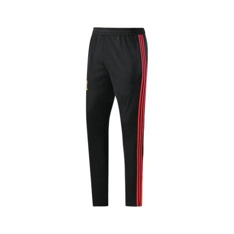 Тренировочный костюм сборной Испании по футболу 2018 штаны спереди