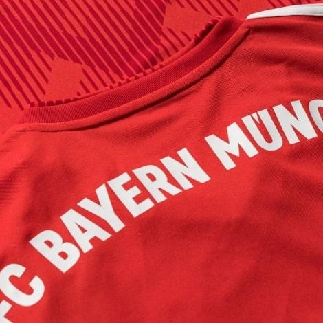 Футболка детской домашней формы Баварии 2018-2019 название клуба