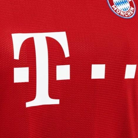 Домашняя игровая футболка Баварии 2020-2021 титульный спонсор