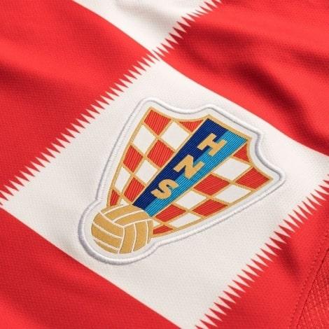 Домашняя футболка Хорватии Лука Модрич номер 10 ЧМ 2018 герб сборной