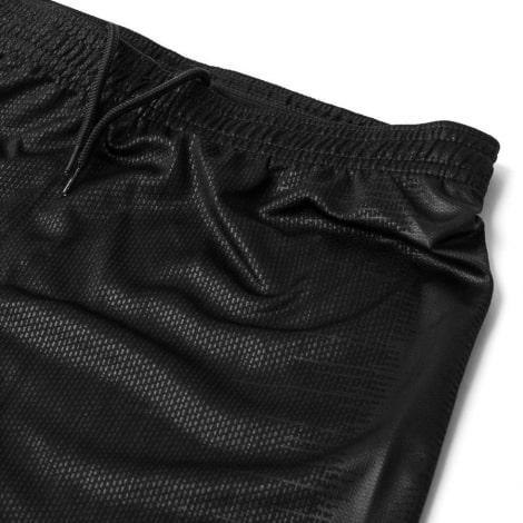 Комплект детской домашней формы ПСЖ 2018-2019 JORDAN шорты вблизи