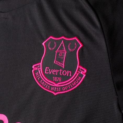 Гостевая игровая футболка Эвертон 2018-2019 герб клуба