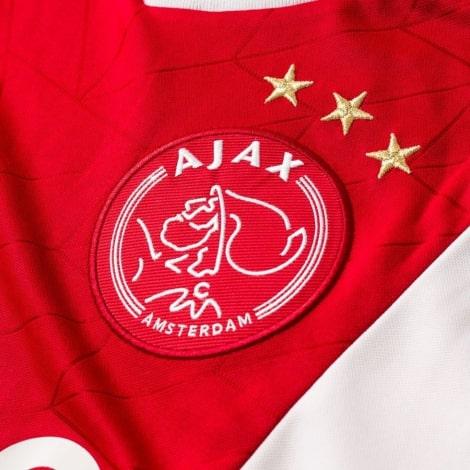 Домашняя игровая футболка Аякс 2018-2019 герб клуба