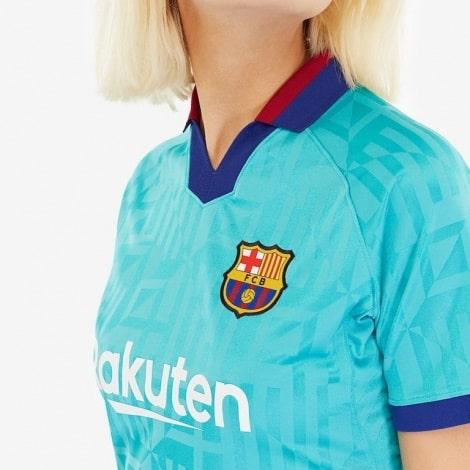 Женская третья футболка Барселоны 2019-2020 герб клуба