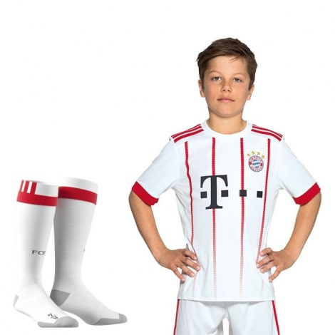 Детская третья футбольная форма Баварии 2017-2018 футболка шорты и гетры