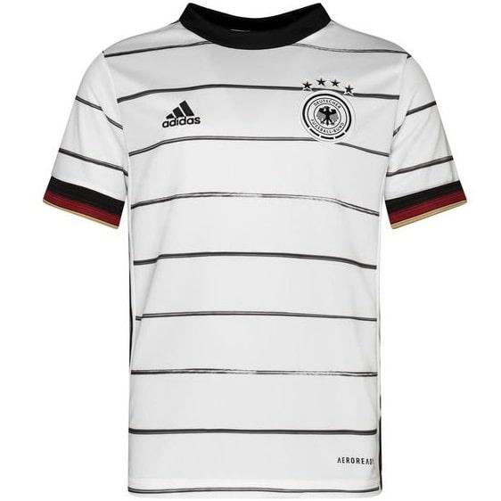 Детская гостевая футбольная форма Месси 2020-2021 футболка шорты и гетры