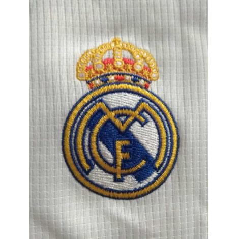 Домашняя игровая футболка Реал Мадрид 2019-2020 герб клуба