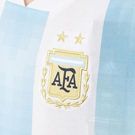 Эмблема футбольной формы сборной Аргентины на ЧМ 2018