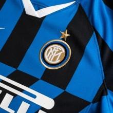 Женская домашняя футболка Интер 2019-2020 герб клуба