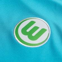 Гостевая игровая футболка Вольфсбурга 2019-2020 герб клуба