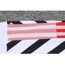 Черно-белый костюм Манчестер Юнайтед 2021-2022 штаны плечо
