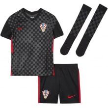 Гостевая футбольная форма Хорватии на ЕВРО 2020-21