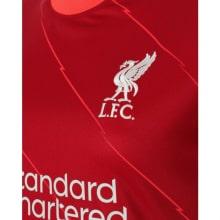 Домашняя футболка Ливерпуля 2021-2022 Садио Мане герб клуба