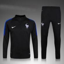 Темно-синий костюм сборной Франции 2021-2022