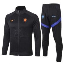 Черный костюм сборной Голландии по футболу 2021-2022