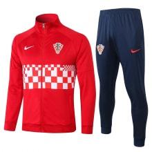 Красно-синий костюм сборной Хорватии 2021-2022