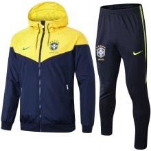 Сине-желтый костюм сборной Бразилии по футболу 2021-2022