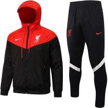 Красно-черный тренировочный костюм Ливерпуля 2021-2022