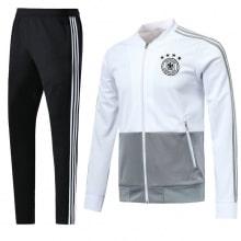 Спортивный костюм сборной Германии по футболу 2018 года