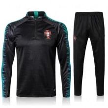Спортивный костюм сборной Португалии по футболу 2018