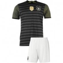 Взрослый комплект гостевой формы Реал Мадрид 2019-2020 шорты сбоку
