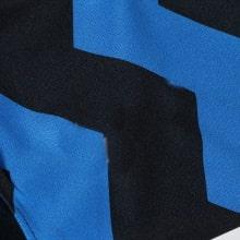 Домашняя игровая футболка Интера Алексис Санчес 2020-2021 спереди бренд