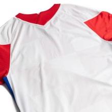 Домашняя футбольная форма Хорватии на ЕВРО 2020-21 футболка сзади