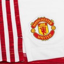 Детская домашняя форма Манчестер Юнайтед 2020-2021 шорты герб клуба