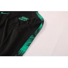 Черно-зеленый костюм Барселоны 2021-2022 вблизи