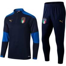 Синий костюм сборной Италии 2021-2022