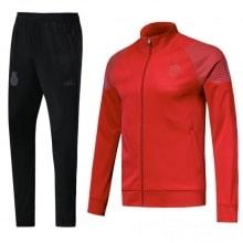 Взрослый красно-черный костюм Реал Мадрид 18-19