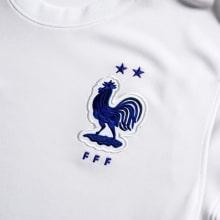 Взрослая гостевая форма Франции на ЕВРО 2020-21 футболка герб сборной
