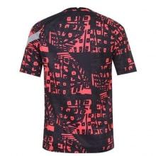 Красно-черная пре матчевая футболка Ливерпуля 20-21 сзади