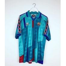 Гостевая ретро футболка Барселоны 1996-1997 сзади