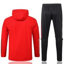 Красно-черный спортивный костюм Баварии 2021-2022 сзади