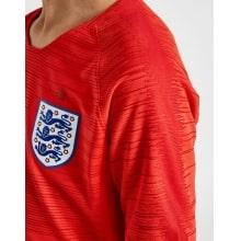 Детская гостевая футбольная форма Англии на ЧМ 2018 сбоку