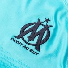 Третья игровая футболка Марселя 2018-2019 герб клуба