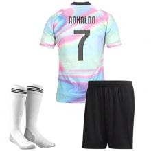Детская радужная форма EA Ювентуса Роналдо 2018-2019