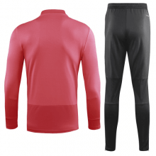 Детский тренировочный костюм Манчестер Юнайтед 2018-2019 сзади