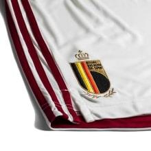 Детская гостевая форма Бельгии на Чемпионат Европы 2020-21 шорты герб сборной