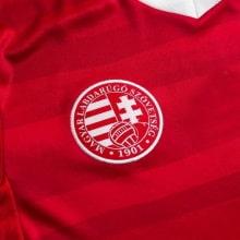 Домашняя футболка сборной Венгрии на Чемпионат Европы 2020 герб сборной