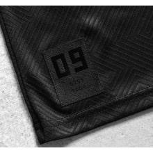 Черная игровая футболка Боруссии Дортмунд 2019-2020 внизу