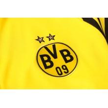 Желто-черный костюм Боруссии Дортмунд 2021-2022 герб клуба